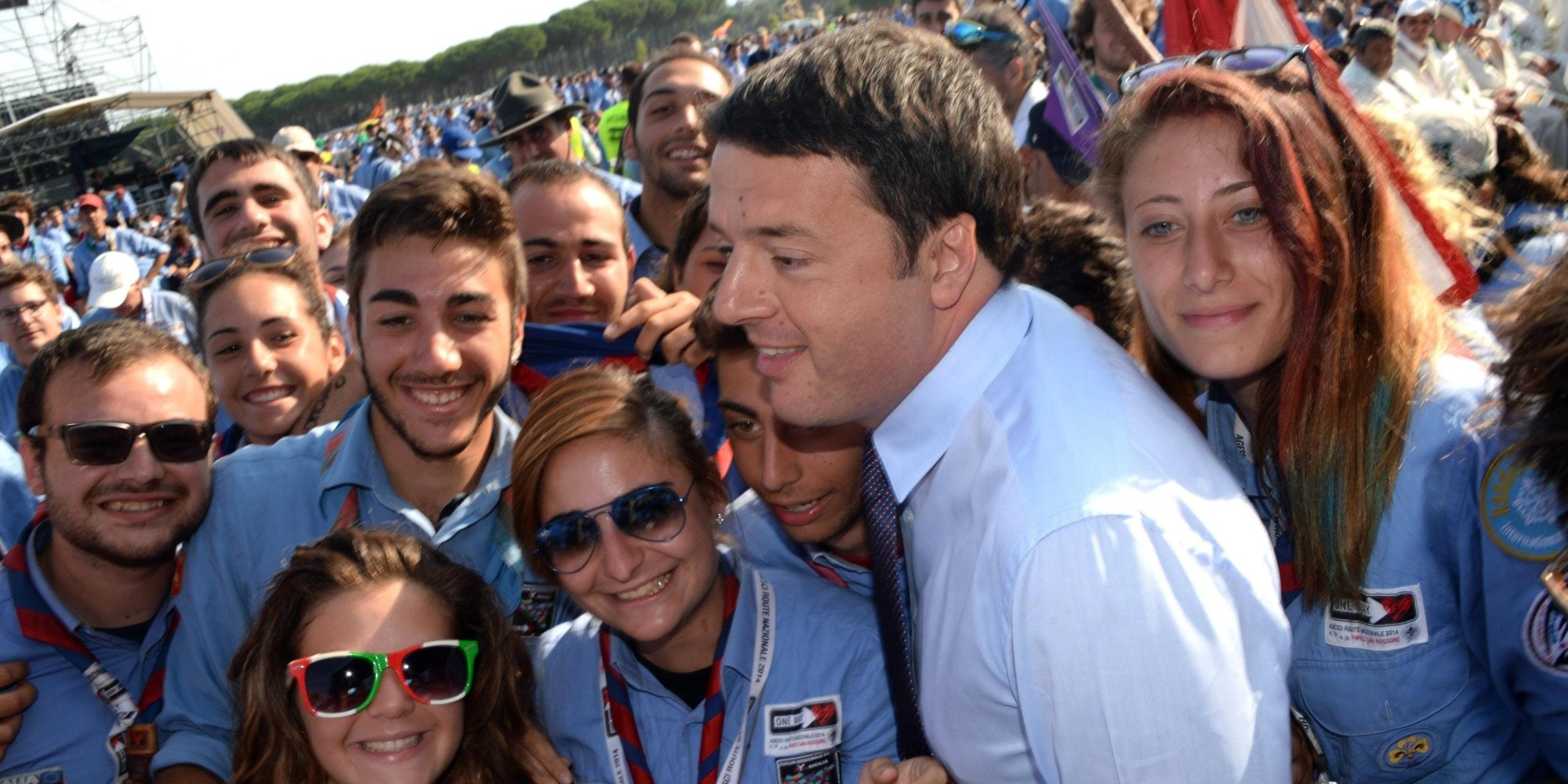 "Italian Prime Minister Matteo Renzi, partecipates at the gathering of Scout ""Agesci Route Nazionale 2014"" in San Rossore, near Pisa, Italy, 10 August 2014. ANSA/FRANCO SILVI"